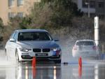 De activiteit 'Anti-slip Demo' van BMW Driving Experience Slotemakers wordt u aangeboden door dekleineladder.nl uit Haarlem