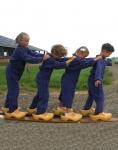 De activiteit 'Koeien op stal' van Biologische Boerderij de Koningshoeve wordt u aangeboden door dekleineladder.nl uit Haarlem