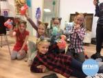 Creatieve kinderfeestjes bij atelier artwise bij Artwise. Bij Atelier Artwise vieren we unieke, creatieve kinderfeestjes. Kom je zelf een knuffel maken of kies je voor de spannende wetenschappelijke proefjes? Ben je helemaal gek van schilderen of wil je eens een mozaïek ontwerpen? Welk feestje je ook kiest, het wordt een groot feest!