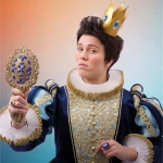 De activiteit 'De nieuwe kleren van de keizer (6+)' van Stadsschouwburg Velsen wordt u aangeboden door dekleineladder.nl uit Haarlem