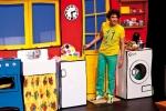 De activiteit 'Dirk Scheele Op stap met zijn leukste liedjes!' van Patronaat wordt u aangeboden door dekleineladder.nl uit Haarlem