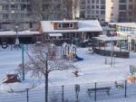 Kom je ook spelen? bij Speeltuin de Eenhoorn. Speeltuin de Eenhoorn is een veilige, overzichtelijke en avontuurlijke speeltuin midden in de Europa-wijk in Haarlem. Hollen, rennen, klimmen, klauteren, van de glijbaan glijden...dat is wat je bij ons kan doen!<br>Naast enorm veel speeltoestellen is er ook een kinderboerderij.<br>Leden zijn gratis.