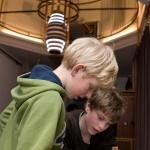 De activiteit 'Knetterend Lab! (10+)' van Teylers Museum wordt u aangeboden door dekleineladder.nl uit Haarlem