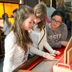 De activiteit 'Het Lab is open!' van Teylers Museum wordt u aangeboden door dekleineladder.nl uit Haarlem