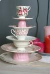 De activiteit 'Workshop High Tea Etagere maken' van Villa JoJo wordt u aangeboden door dekleineladder.nl uit Haarlem