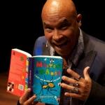 De activiteit 'Mister Anansi leert de wereld lachen ' van Theater Elswout wordt u aangeboden door dekleineladder.nl uit Haarlem