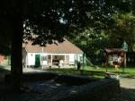 De activiteit 'Kom kijken en spelen' van kinderboerderij de Schoterhoeve wordt u aangeboden door dekleineladder.nl uit Haarlem