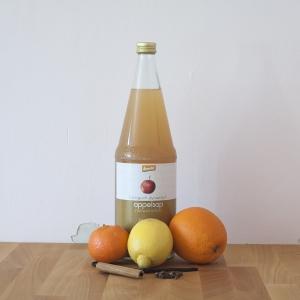 Wat heb je nodig om zelf met je kind deze heerlijke Glühwein te maken gebaseerd op appelsap en natuurlijk zonder alcohol?