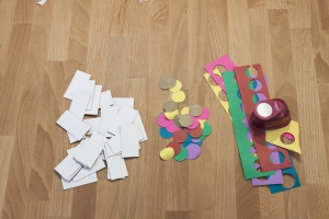 Domino is ook leuk voor de kleine kinderen, dan speel je zonder punten maar met plaatjes